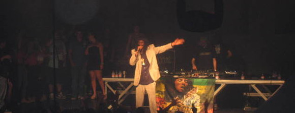 general levy hard club 9 setembro 2011 002s.jpg