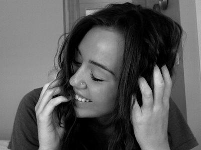 Miley Cyrus Twitter[1].jpg
