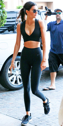 081215-kendall-jenner-workout.jpg