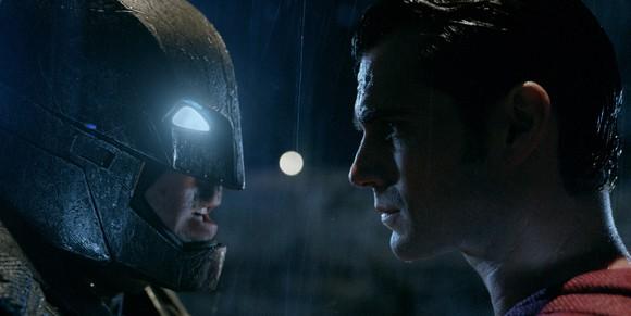 batman-vs-superman-ew-pics-3.jpg