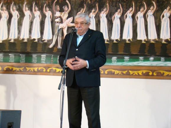 Dr Carlos Matos