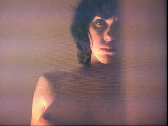 scarlett-johansson-in-under-the-skin-08.jpg