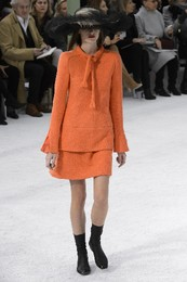 chanel-printemps-ete-2015-paris-look-4 tailleur la