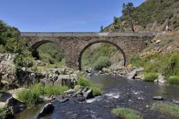 Serta-ponte-Cabras-01.jpg