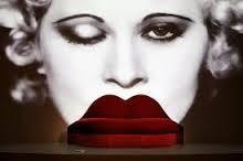 Dal Mae West.jpg
